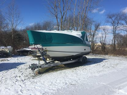 Picture of 1990 27' Regal Commadore 265 with a Volvo 7.4L 425HP motor