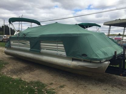 Picture of 1999 25' Sanpan Pontoon with a 2003 yamaha 9.9hp motor